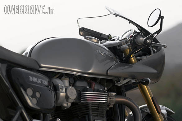 Thruxtor R and 959 Panigale (8)