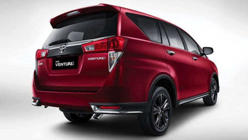 Toyota Innova Crysta Touring Sport 2