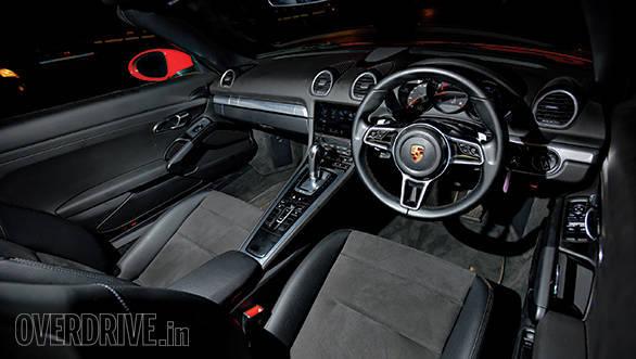 2017 Porsche 718 Boxster (4)