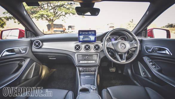Audi A3 Petrol vs Mercedes CLA 200 (11)