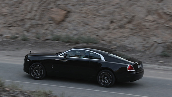 Rolls Royce Wraith Black Badge (3)