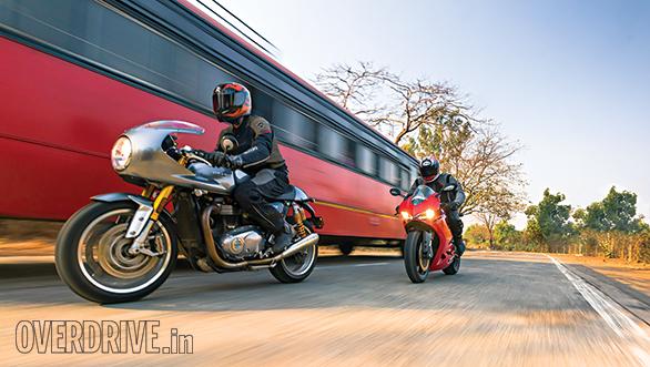 Triumph Thruxton R and Ducati 959 Panigale (5)