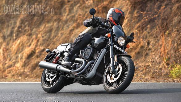 2017 Harley-Davidson Street Rod - Road Test (3)