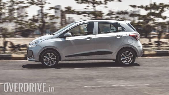 2017 Hyundai Grand i10 Petrol (47)
