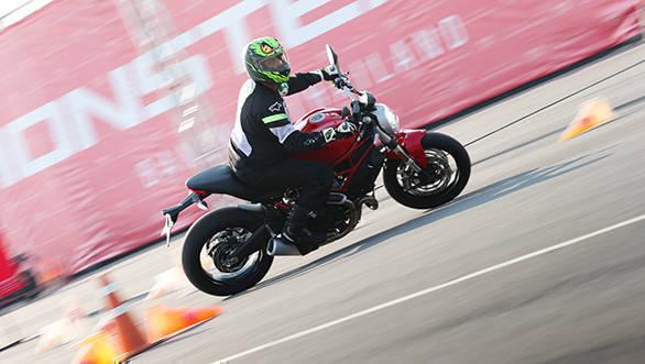 Ducati Monster 797 web (9)