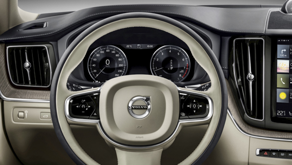 The new Volvo XC60 steering wheel detail