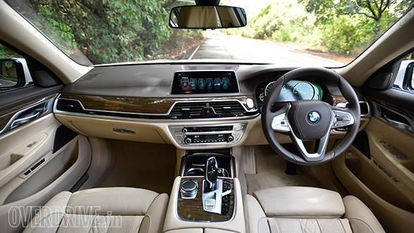 2017 BMW 740Li (8)