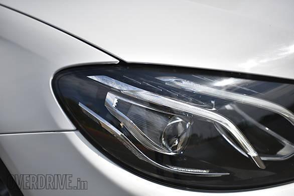 2017 Mercedes-Benz E220d (4)