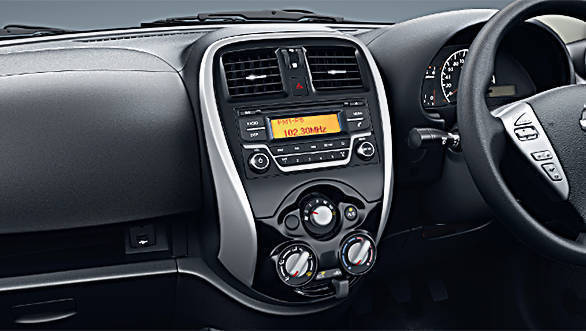 The center  console of the 2017 Nissan Micra facelift features a piano black finish
