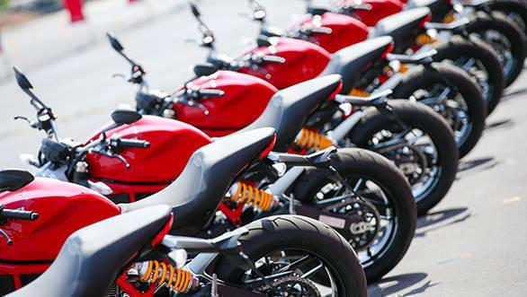Ducati Monster 797 web (31)