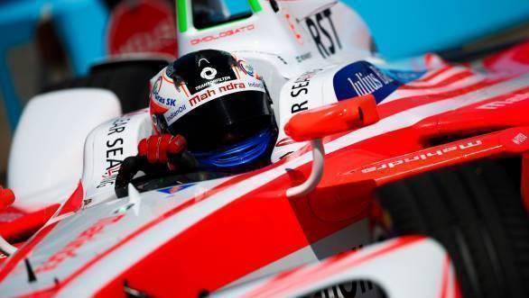 Rosenqvist in the lead of Race 2 of the Berlin ePrix