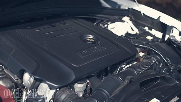 Jaguar F-Pace 20d AWD (9)
