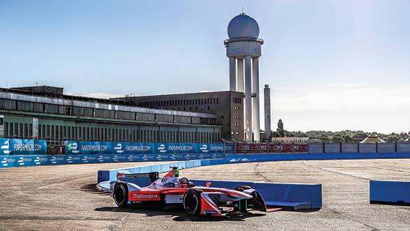 Mahindra 2017 Formula E Berlin (5)