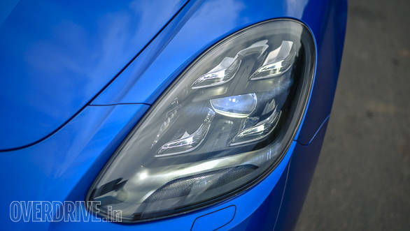 The 2017 Porsche Panamera Turbo's headlights get the signature four-point LEDs