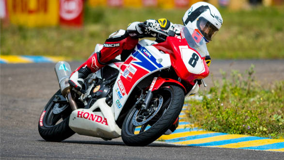 Rajiv S- Winner of CBR 250R Open Championship in action at
