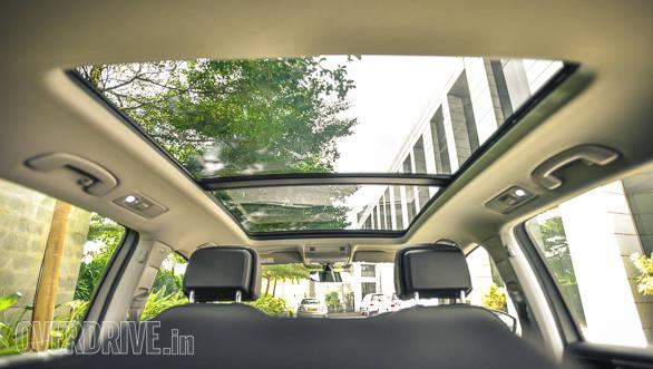 Volkswagen Tiguan details-40