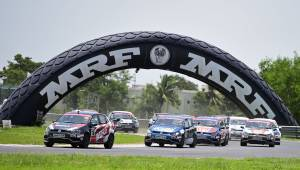 2017 Ameo Cup: Guest driver Devin Robertson dominates Race 1