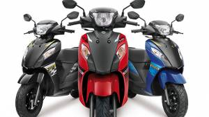 Suzuki launches Let's scooter with dual-tone colours
