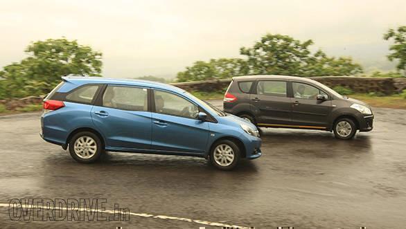 Honda-Mobilio-vs-Maruti-Ertiga-1