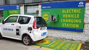 Government of Maharashtra to sign MoU with Tata Power for electric vehicle charging stations in Mumbai
