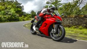 2017 Ducati SuperSport S image gallery