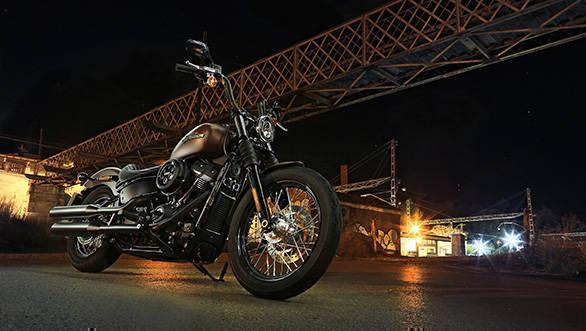 2018 Harley-Davidson Street Bob Static Front 3/4