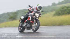 2017 Aprilia Shiver 900 road test review