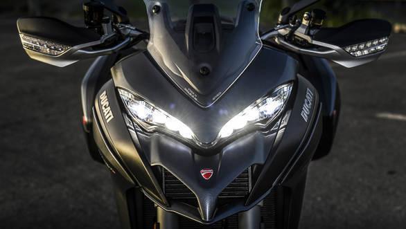 2018 Ducati Multistrada 1260 S front headlight detail