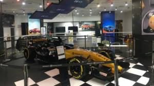 Renault Experience Centre opens in Phoenix Market City, Mumbai