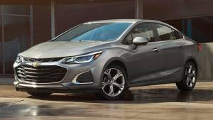 2019 Chevrolet Cruze and Spark facelifts revealed