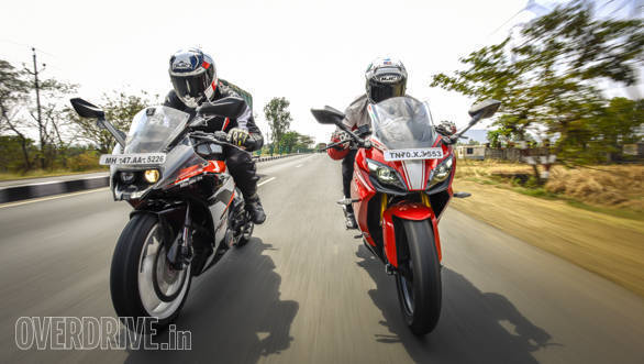 TVS Apache RR 310 vs KTM RC 390 comparison test
