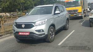 Mahindra (Ssangyong) Rexton G4 SUV spied again in India, to rival Toyota Fortuner and Ford Endeavour