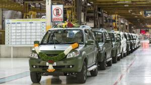 Tata Motors rolls out 1500th GS800 Safari Storme for the Indian Army