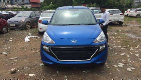 2019 Hyundai Santro spotted in top-spec Asta trim