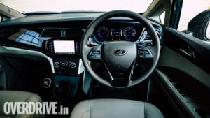 Mahindra Marazzo MPV now gets Apple Carplay functionality