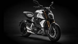 2019 Ducati Diavel 1260 to be launched in India on August 9