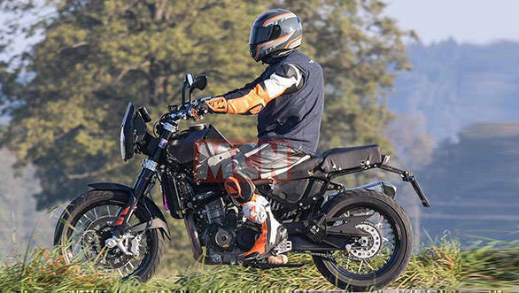2020 Husqvarna 801 spotted testing, to be based on the KTM ...