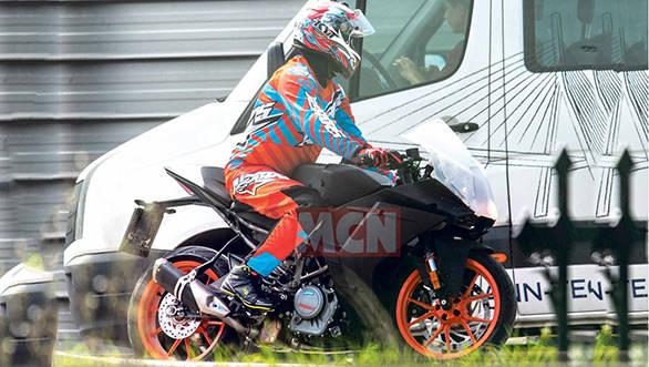 KTM working on a bigger and better RC390, to take on Yamaha R3 and Kawasaki Ninja 400