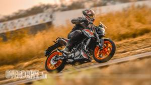 2019 KTM 125 Duke ABS first ride review