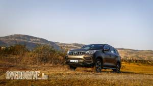 2019 Mahindra Alturas G4 road test review