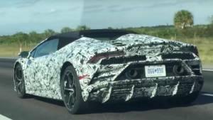 Upcoming 2019 Lamborghini Huracan Evo Spyder spied testing