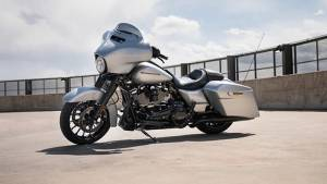Image Gallery: 2019 Harley-Davidson Street Glide Special