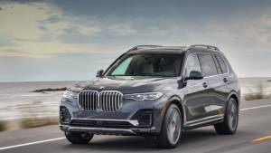 Spec Comparo: BMW X7 vs Mercedes-Benz GLS