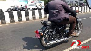 New-Gen Royal Enfield Classic spied on test