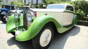 Vintage and classic car rally showcases Mumbai's rarest cars