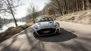 Mercedes-Benz takes bigger stake in Aston Martin in new technical partnership
