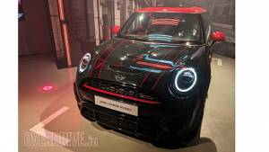 2019 Mini Cooper JCW (John Cooper Works) launched in India at Rs 43.5 lakh