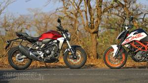 Honda CB300R vs KTM 390 Duke comparison test
