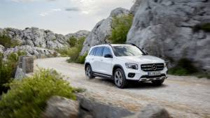 2019 Mercedes-Benz GLB seven-seater SUV unveiled internationally