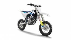 Husqvarna EE 5 all-electric dirt bike launched internationally